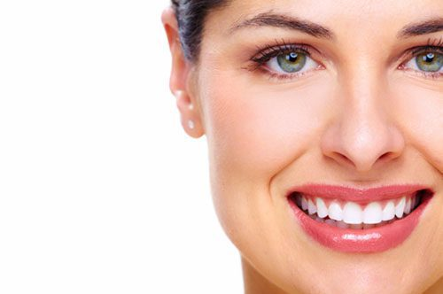 ZOOM TEETH WHITENING: THE ANSWERS TO COMMONLY ASKED QUESTIONS