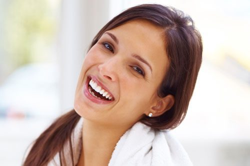 Jazz Up Your Smile With Teeth Whitening [video]